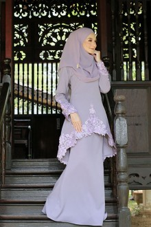 Kurung Rishka Dusty Purple