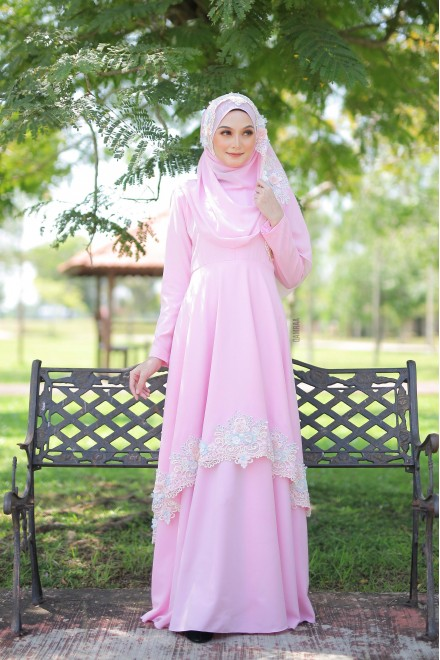 Xaviera Dress Soft Pink