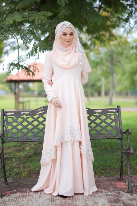 Xaviera Dress Milky Carrot